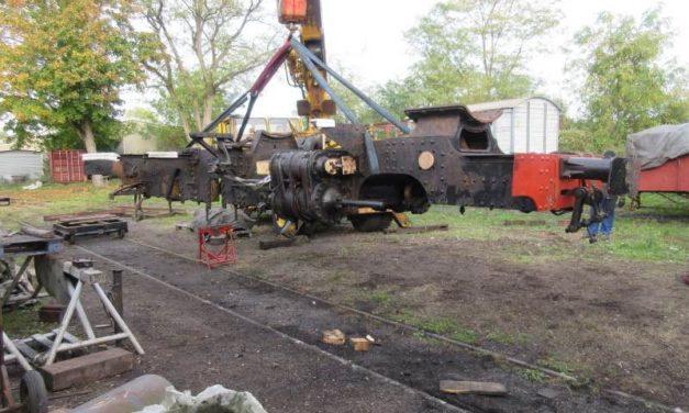 Levage du châssis de la 130 T Decauville